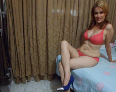 Good looking live milf cams